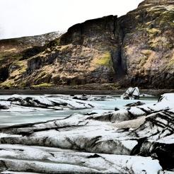High Contrasts at Mýrdalsjökull